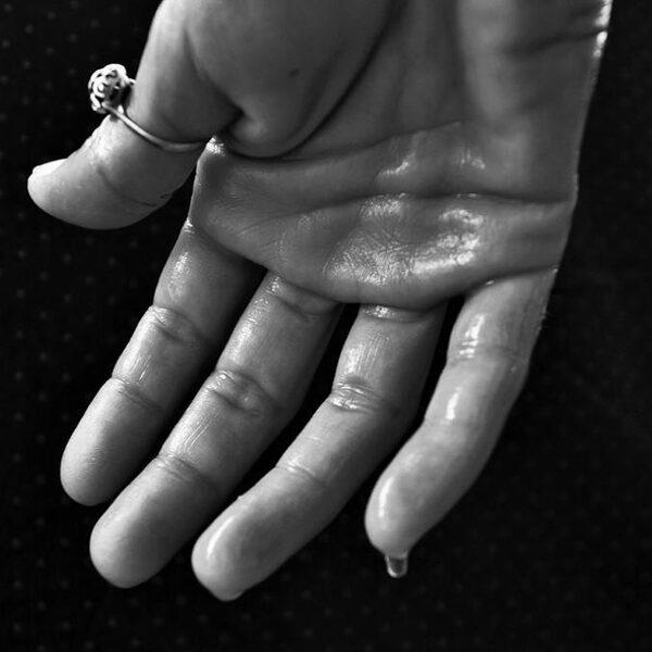 Zweetafdruk van een vinger verraadt heroïnegebruik