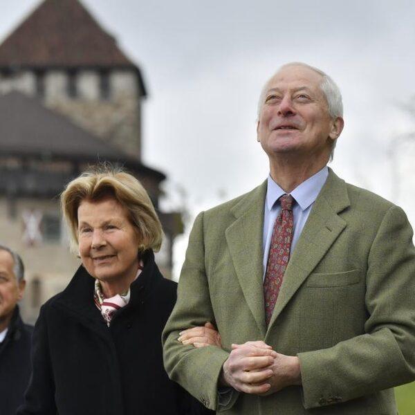 Liechtensteinse vorst laat volk kiezen: meer macht of vertrek