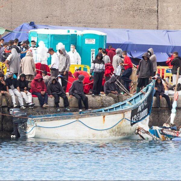 Grote toestroom van bootmigranten op Canarische eilanden