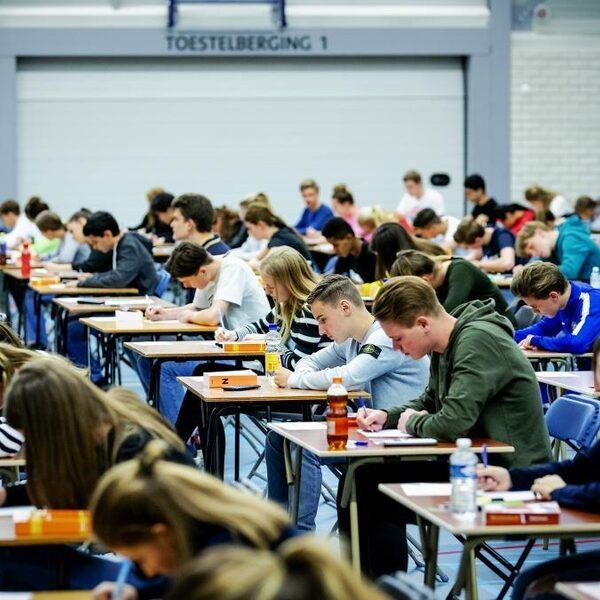 Centrale eindexamen gaat niet door: tijd om het af te schaffen?