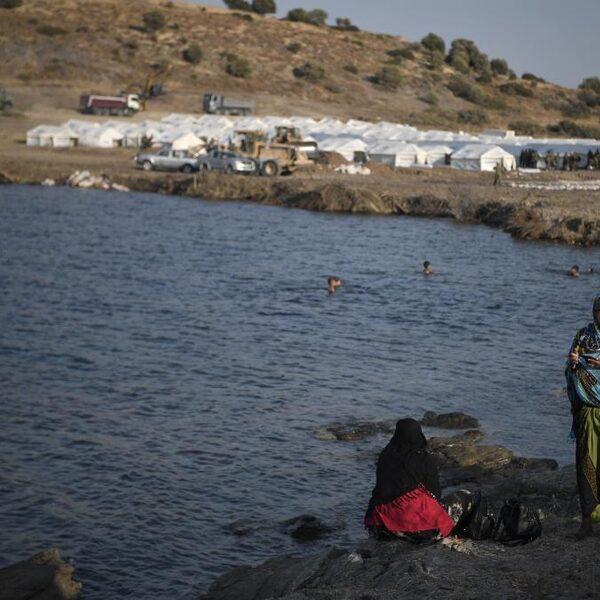 Griekenland onder vuur door pushbacks, vluchtelingen in gevaar op zee