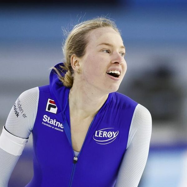 Sensatie op 1.500 meter vrouwen: Wiklund pakt eerste gouden medaille ooit voor Noorwegen