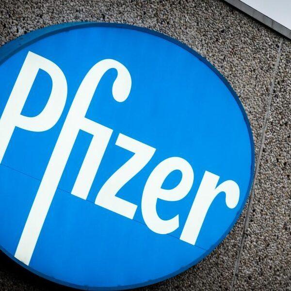 Medisch directeur Pfizer: ons vaccin hopelijk volgend maand in koelkast huisarts
