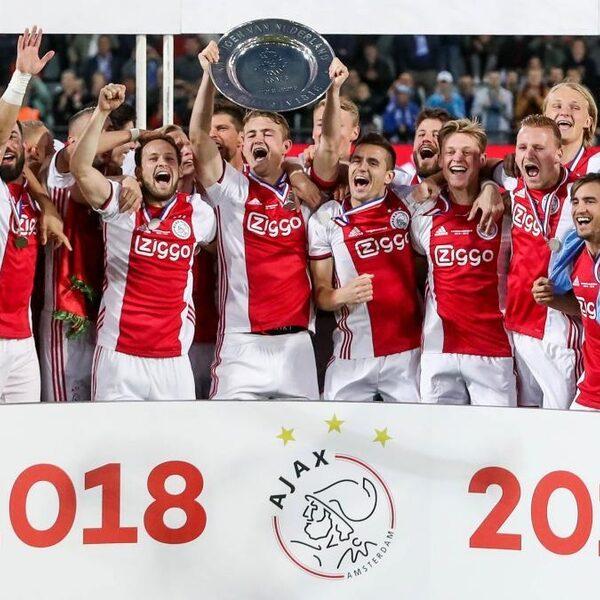 Ajax verzekert zich van 34ste landstitel