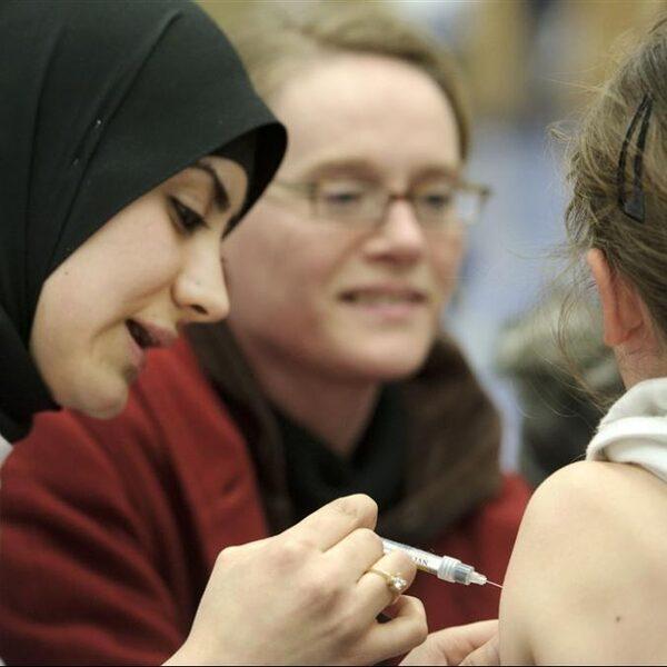 Coronavaccin getest op kinderen: 'Kan nodig zijn om groepsimmuniteit te bereiken'
