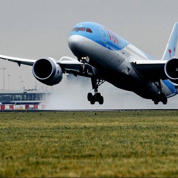 Hoe de uitstoot van de Nederlandse luchtvaart zo kon groeien