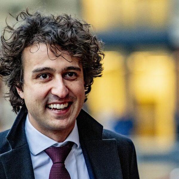 Klaver: 'Linkse partijen moeten elkaar vasthouden'
