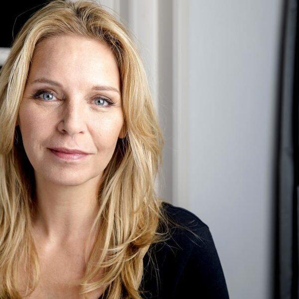 Esther Verhoef over schrijfproces: 'Ik weet nooit of ik op de goede weg ben'
