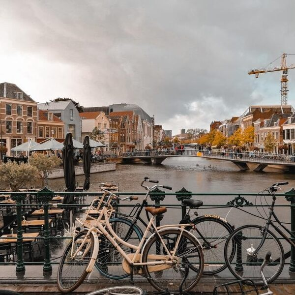Dijkstra en Evenblij ter plekke vanuit Leiden: kijk mee!