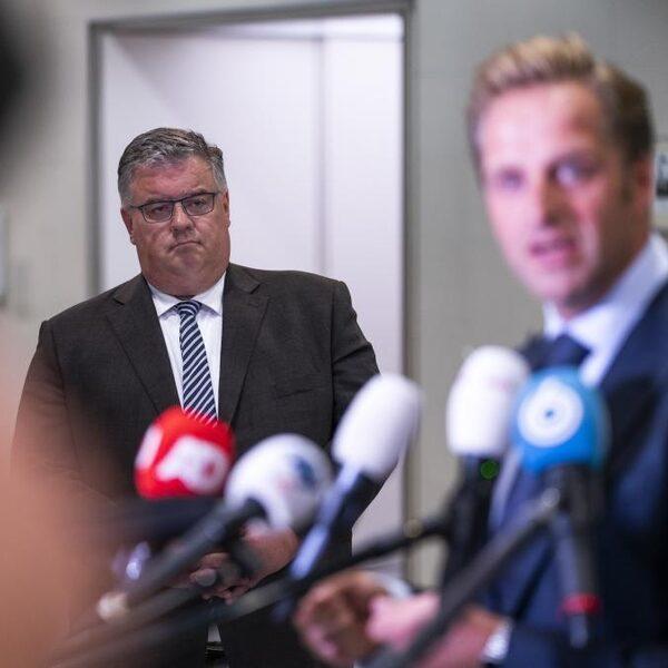 Hubert Bruls houdt vast aan regionale aanpak coronacrisis