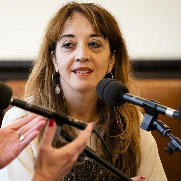 Ebru Umar: 'De maatschappij gaat aan gort'