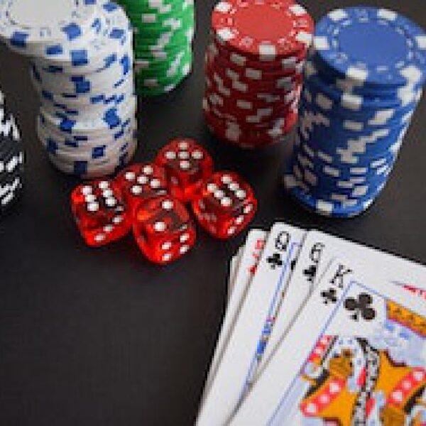 Steeds meer illegale 'gokpaleizen' in Nederland: 'De inzet kan oplopen tot 10.000 euro'