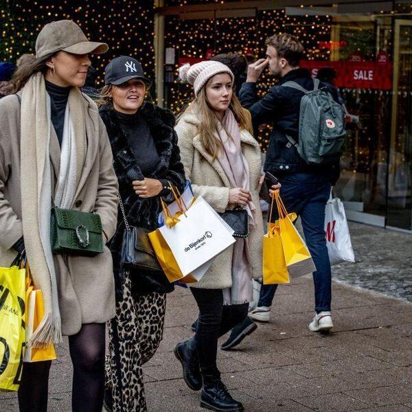 'Consument moet bewuster zijn van het milieu bij online shoppen'