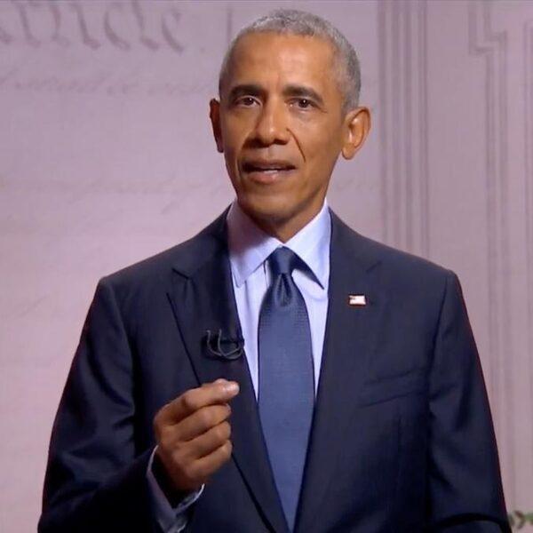 Opvallende speech van Obama: 'Nog nooit in de geschiedenis heeft een oud-president zó over zijn opvolger gesproken'