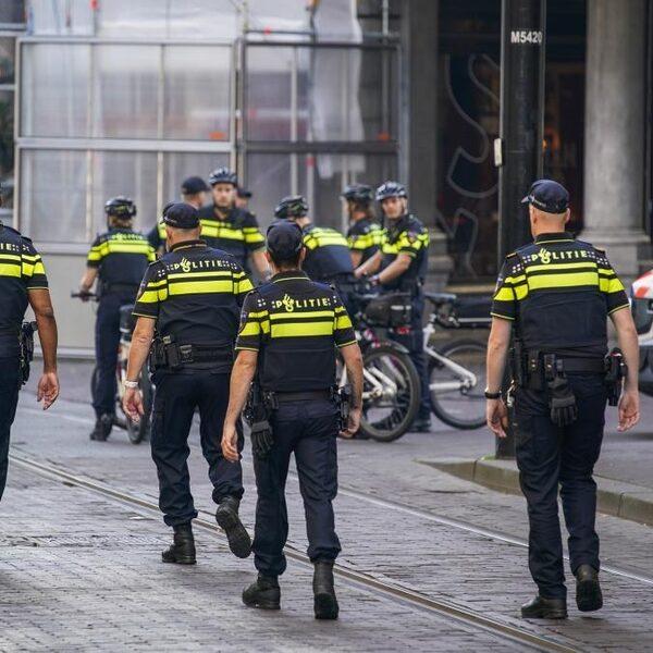 Landelijke politie: 'Ook agenten moeten snel getest kunnen worden'