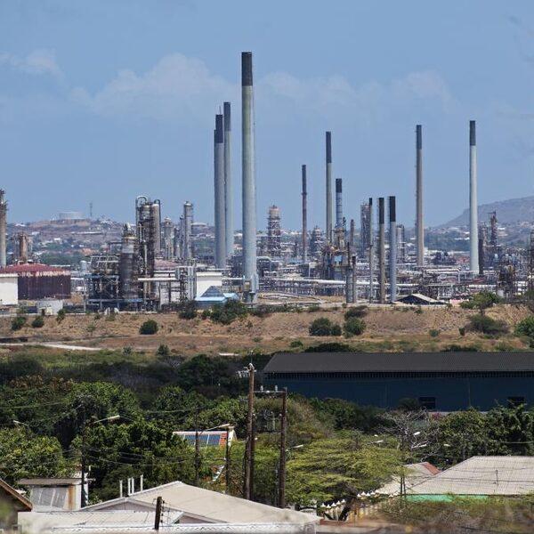 Gaat de Isla-raffinaderij van Curaçao ooit nog open?