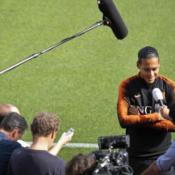 Voetbalpodcast #100: 'Statement Oranje schudt ons allemaal wakker'