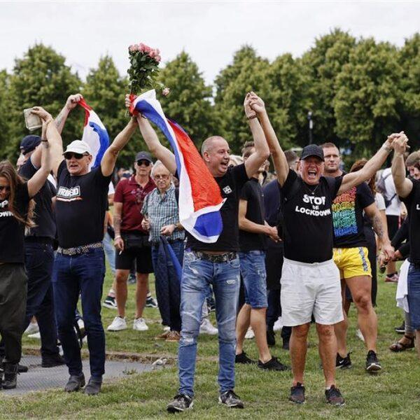 Stand.nl: De overheid moet in deze tijd strenger zijn bij demonstraties