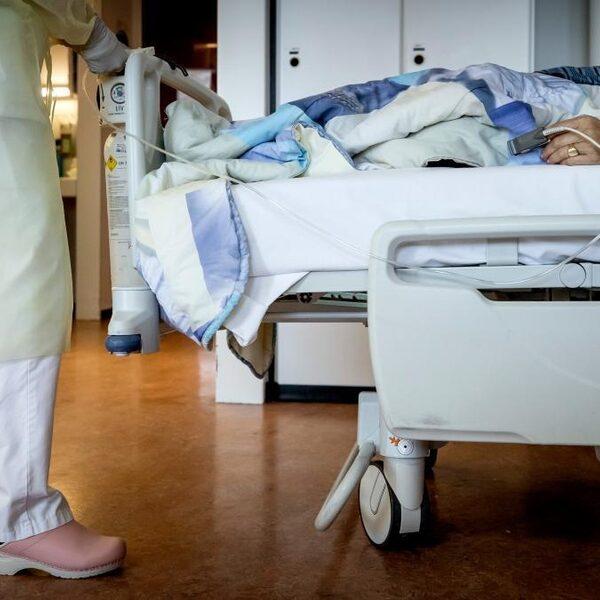 'Ziekenhuizen bereiden zich nog steeds voor op code zwart-scenario'