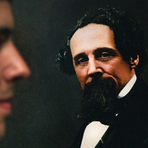 Mark van Dijk vertaalde in zijn vrije tijd Dickens' kerstverhalen