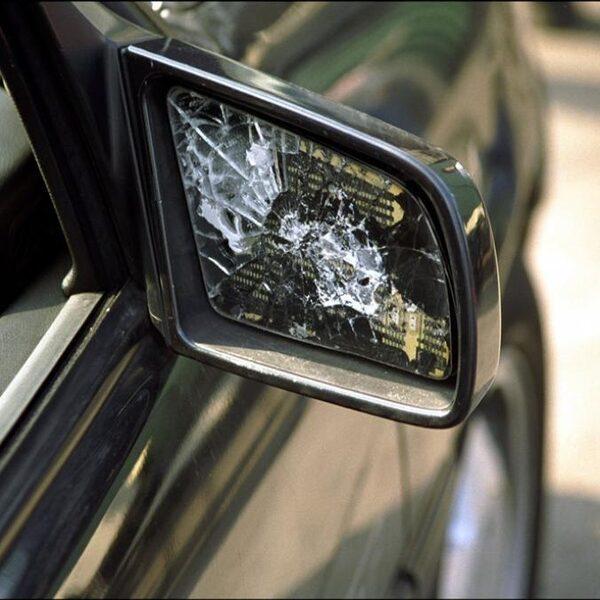 'Kijk regelmatig naar je autoverzekering, dat scheelt een hoop geld'