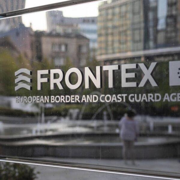 Onderzoek: Frontex betrokken bij illegaal terugsturen asielzoekers op zee