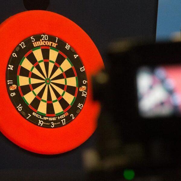 Nederlandse darters benaderd om wedstrijden te manipuleren