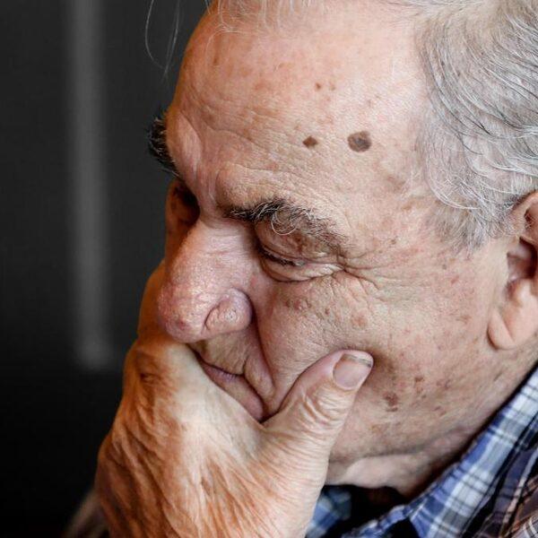 Ouderenleed: hoogbejaard, depressief, ziek en eenzaam