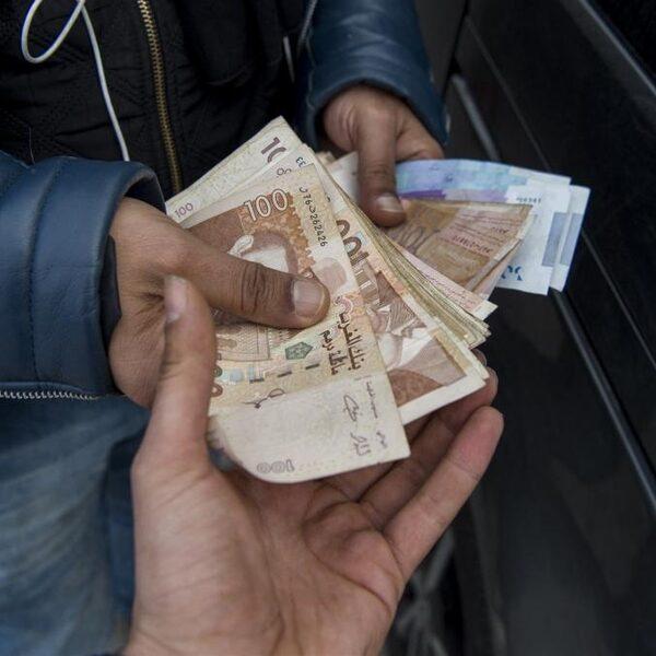 Marokkanen moeten financieel met de billen bloot