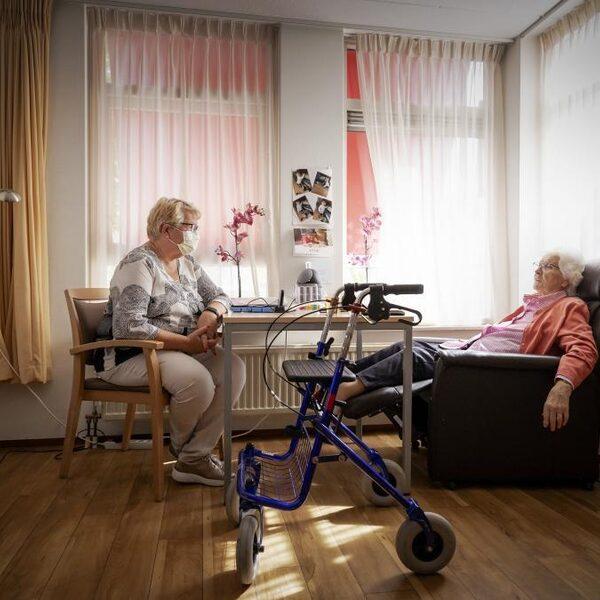 Tweede golf bij verpleeghuizen: 'We zijn er klaar voor, maar zien er niet naar uit'