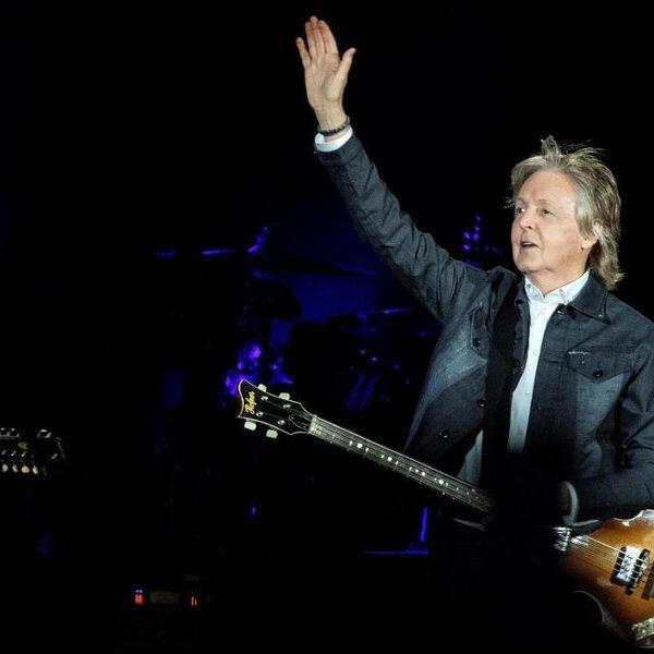 'Paul McCartney werd vervangen door een lookalike'