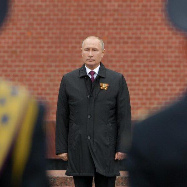 Corona of niet: de militaire parade is belangrijk voor Poetin
