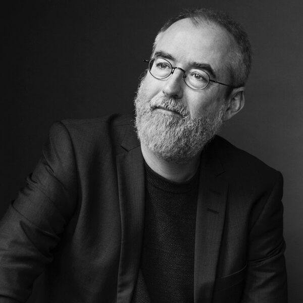 Ronald Giphart: 'Voor mij zijn vriendschappen gelijkwaardig aan liefde'