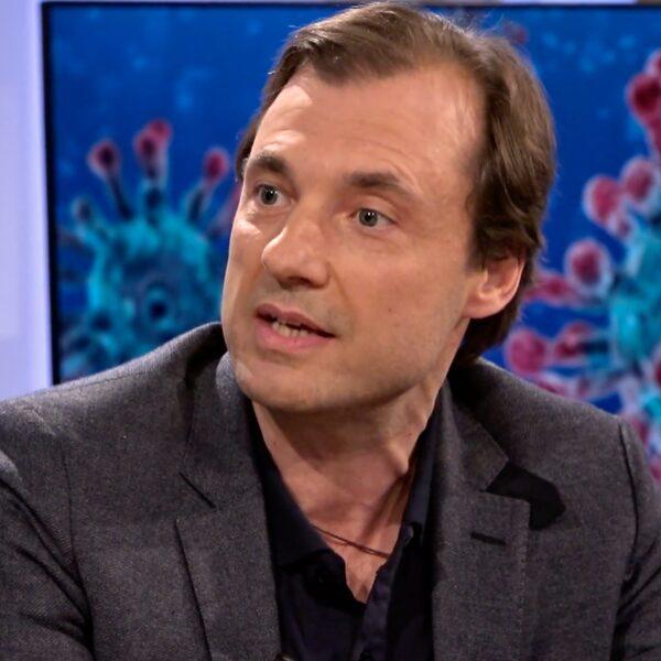 Arts en microbioloog Alex Friedrich waarschuwt: er komen nog corona-uitbraken