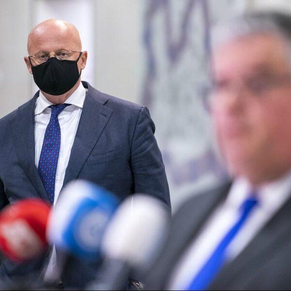 Hoogleraar Brouwer: 'Grapperhaus legt religie-uitzondering mondkapjesplicht verkeerd uit'