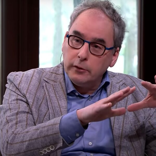 Arts-microbioloog Marc Bonten maakt zich geen zorgen: 'We zitten in een beheersbare situatie'