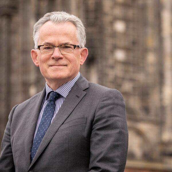 Burgemeester Groningen vertrouwen verloren in regionale corona-aanpak