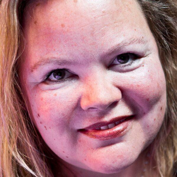 Sylvia Witteman: 'Ik mijd de media, omdat ik vaak dingen zeg waar problemen van komen'