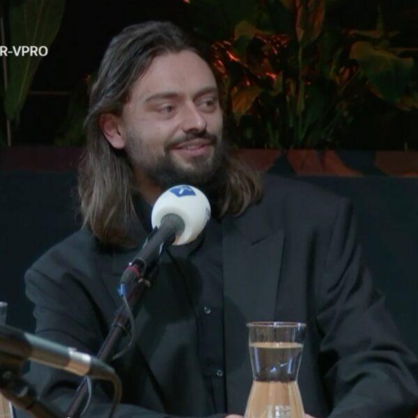 Cabaretier Stefano Keizers: 'Het is een oorlogsjaar, mensen hebben behoefte om te lachen'