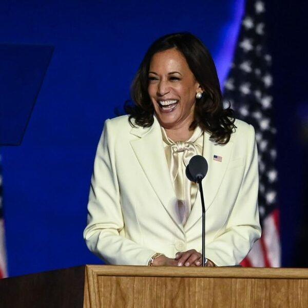 De beste speech van de maand: 'Hier staat iemand met een verhaal, die een nieuw politiek tijdperk inluidt'