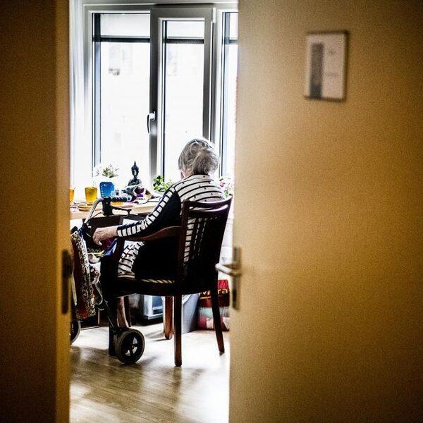Vraag: Hoe kunnen we de eenzaamheid onder ouderen bestrijden?
