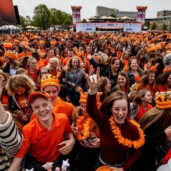 Deze jongeren vieren tóch een feestje voor Koningsdag: 'Mijn mentale gezondheid is ook belangrijk'