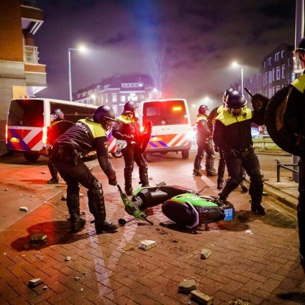 Stand.nl: 'Het gedrag van rellende jongeren is op geen enkele manier goed te praten'