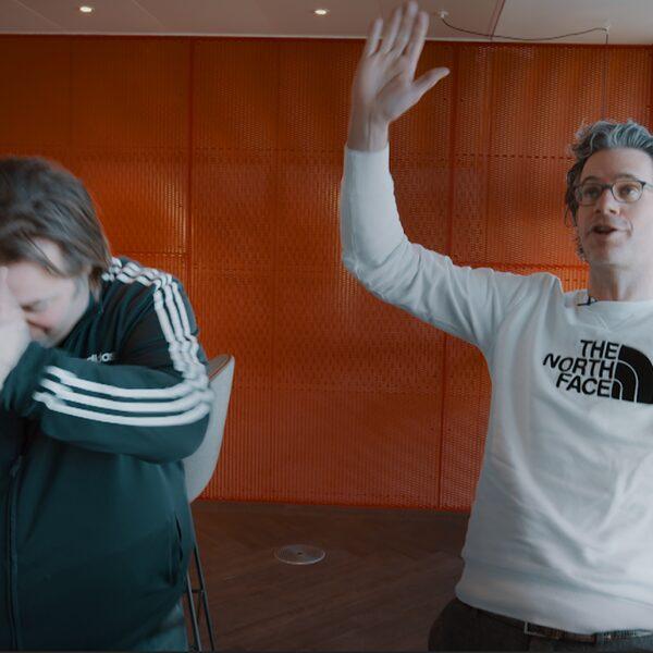 Bureau Sport: 'Met ons als trainers wordt Ajax ook kampioen'