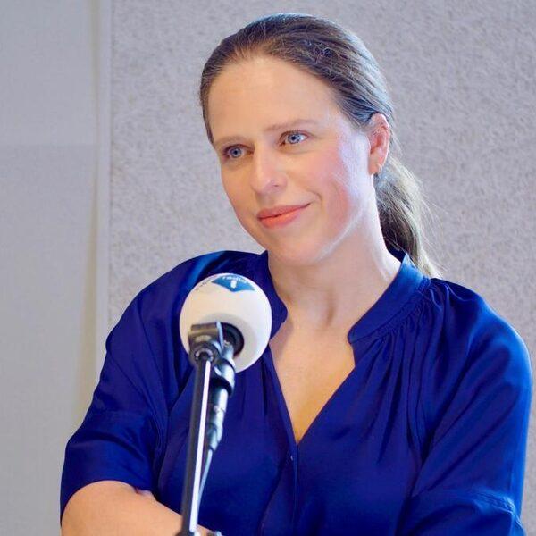 Carola Schouten wil stembusakkoord om schulden van jongeren op te kopen