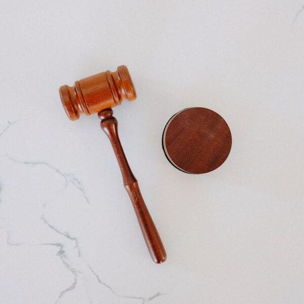 Rechtsstaat moet onafhankelijk zijn van kabinetsperiodes: 'Langer termijnplan zorgt voor stabiliteit'