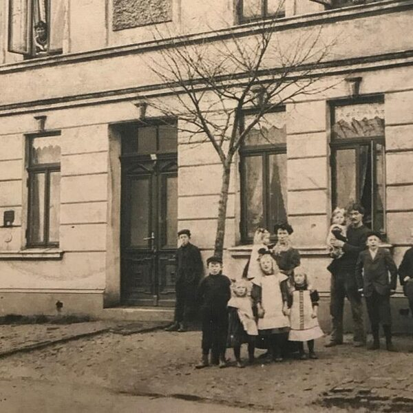 Mythe of waarheid: een armoedige Drentse jongen schudde de hand van de Duitse keizer