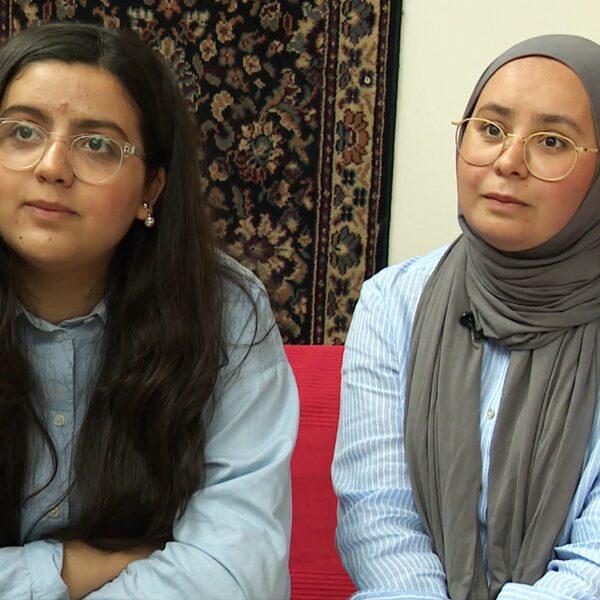 Najoua en Sofia Sabbar: 'Je voelt je Amsterdammer, maar je weet niet of je hier mag leven'