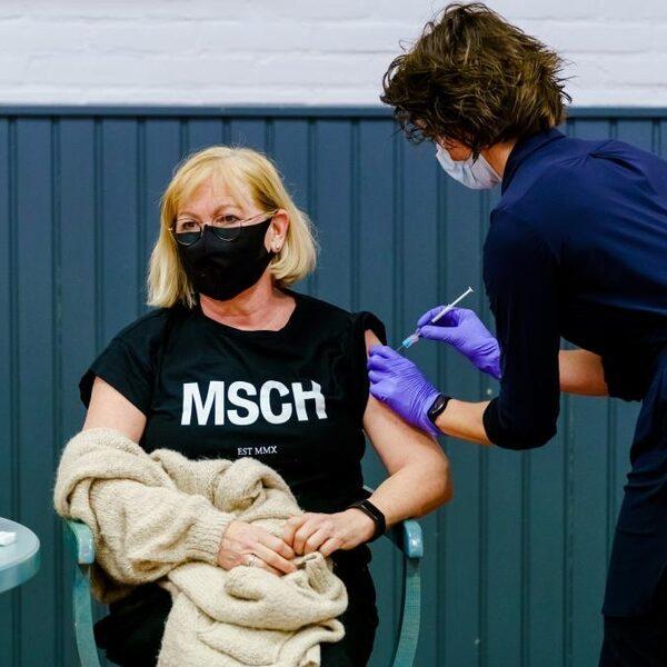 Wetenschappers: coronavirus gaat niet meer weg
