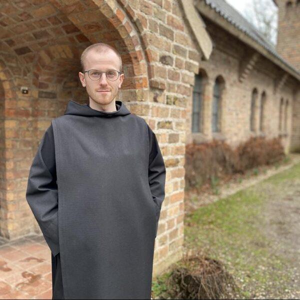 Dit is broeder Stijn (28), de (bijna) jongste monnik van Nederland